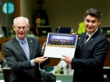 Ratspräsident Herman Van Rompuy und Kroatiens Regierungschef Zoran Milanovic