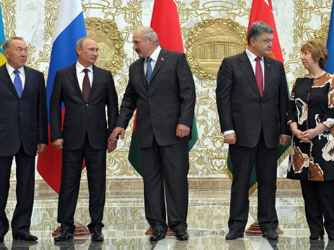 | Handschlag von Minsk: Putin und Poroschenko reden über Ukraine-Krise