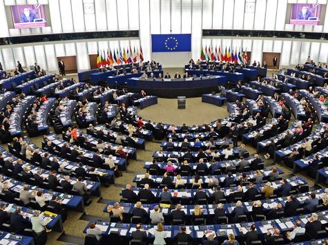 Parlamente in Straßburg und Kiew ratifizieren Assoziierungsabkommen; Bild: EPA/PATRICK SEEGER (c) dpa - Bildfunk