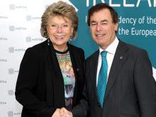 EU-Kommissarin Viviane Reding und Alan Shatter, irischer Minister für Justiz, Gleichberechtigung und Verteidigung