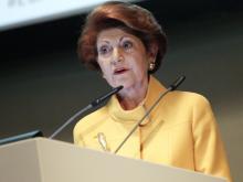 Kommissarin Vassiliou trifft Marie-Curie-Forschende am CERN